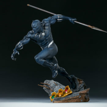 Black Panther Statue- Avengers Assemble Collection Open Lit Shot 1
