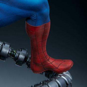 Spider-Man Premium Format™ Figure Leg with Doc Ock Tentacle Detail 2