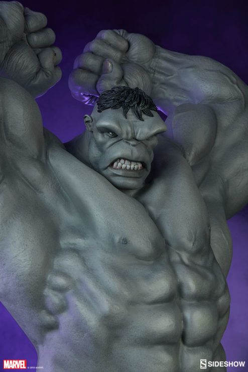 Grey Hulk Statue by Sideshow Collectibles Closeup
