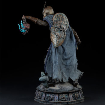 Relic Ravlatch: Paladin of the Dead Premium Format™ Figure Open Lit Turnaround 2 with Shield