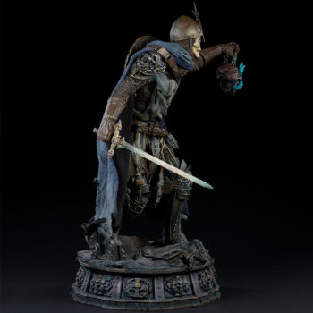 Relic Ravlatch: Paladin of the Dead Premium Format™ Figure Open Lit Turnaround 5