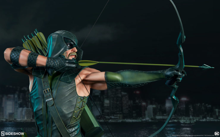 The Green Arrow Premium Format™ Figure Production Gallery is Right on Target!