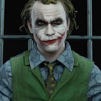 The Joker Premium Format™ Figure Portrait Close Up 1