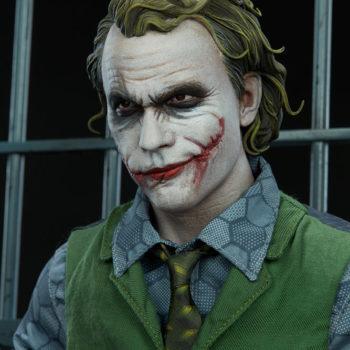 The Joker Premium Format™ Figure Portrait Close-Up 2