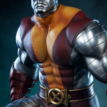 Colossus Premium Format™ Figure Dramatic Lighting Upper Body View of the Figure