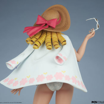 Street Fighter Karin: Season Pass 1:4 Scale Statue Upper Body back view of figure, with white jacket