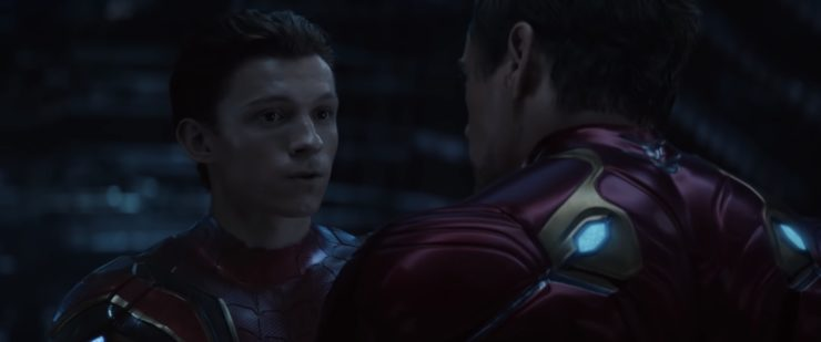 Spider-Man in infinity war while Tony Stark talks to him