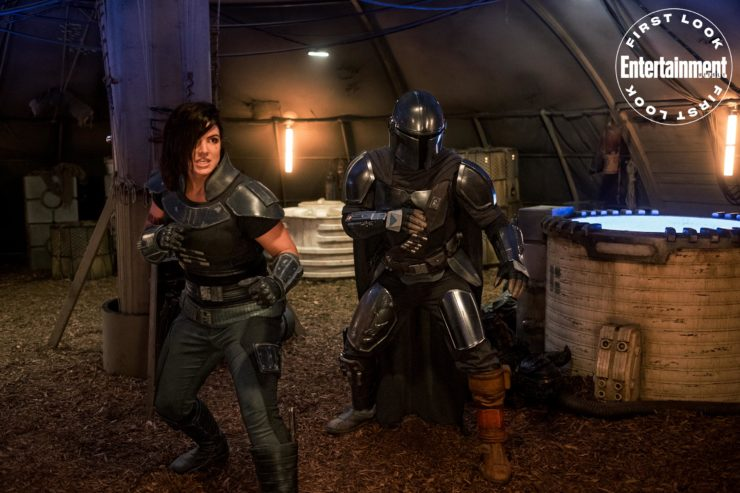 Ex-Rebel Shock Trooper Cara Dune, played by Gina Carano, fighting against The Empire side by side with The Mandalorian, played by Padro Pascal