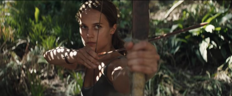 Lara Croft aiming an arrow in Tomb Raider