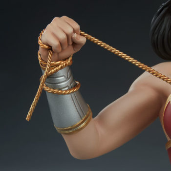 Wonder Woman Bust Right Arm with Lasso Close Up