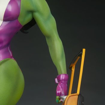 She-Hulk Statue from the Adi Granov Artist Series arm with Taxi Door
