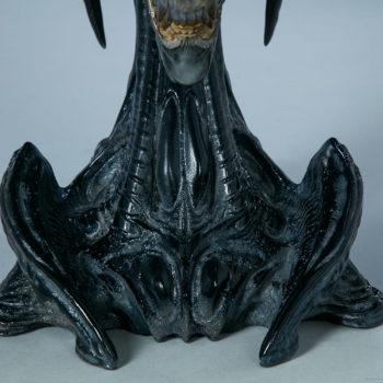 Alien Queen Mythos Legendary Scale™ Bust Base Focus Image