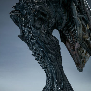 Alien Queen Mythos Legendary Scale™ Bust Back View of Base and Bust Stand
