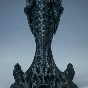 Alien Queen Mythos Legendary Scale™ Bust Full Back View of Bust Stand and Spine