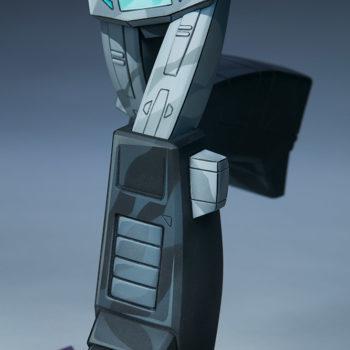 Nemesis Prime Classic Scale Statue by PCS Collectibles Cel-Shaded Legs Detail Shot