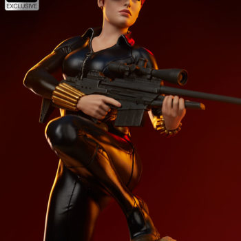 Black Widow Avengers Assemble Statue Exclusive Edition Short Haired Portrait with Dramatic Lighting