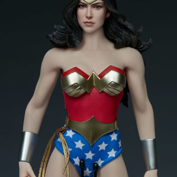 Wonder Woman Sixth Scale Figure Torso and Upper Body Close Up