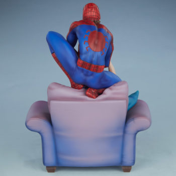Spider-Man and Mary Jane Maquette Open Lit Turnaround 3