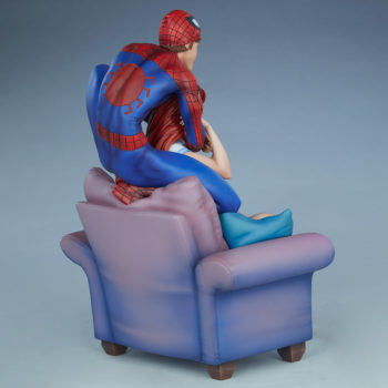 Spider-Man and Mary Jane Maquette Open Lit Turnaround 4