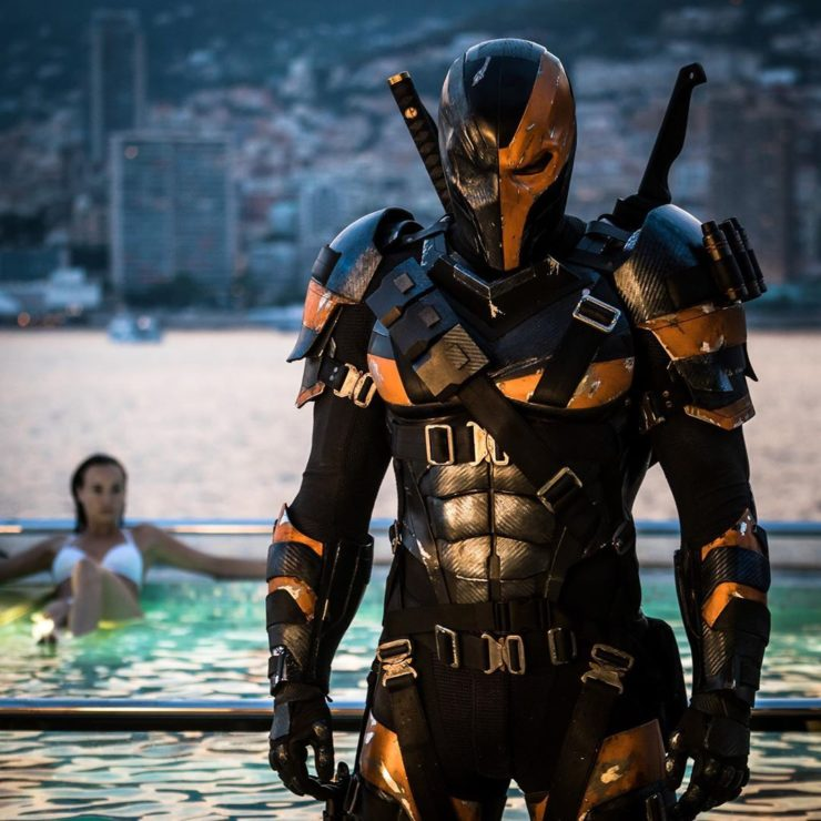 Snyder Cut Deathstroke Photos, New Deadpool Website, and more!