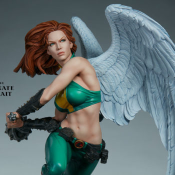 Hawkgirl Premium Format™ Figure Exclusive Edition Unhelmeted Portrait