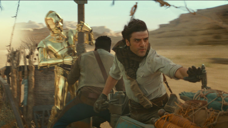 C3PO (Anthony Daniels), Finn (John Boyega) and Poe Dameron (Oscar Isaac) in STAR WARS: EPISODE IX