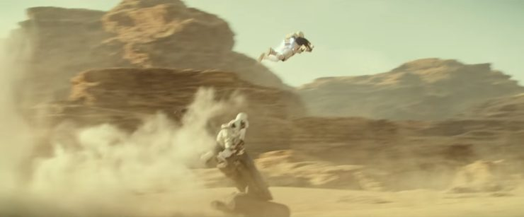 Storm Troopers Fly, New Doctor Who Trailer, and more!