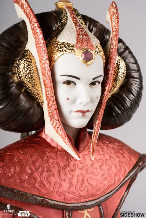 Queen Amidala in Throne Room Figurine by Lladró- Portrait Close Up