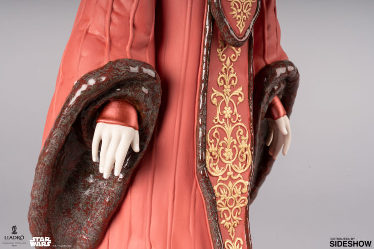 Queen Amidala in Throne Room Figurine by Lladró- Hands and Gown Close Up