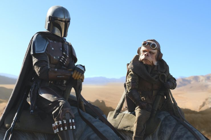 Original Star Wars Cast Joins The Mandalorian?, The Multiverse of Madness Is NOT Horror, and more!