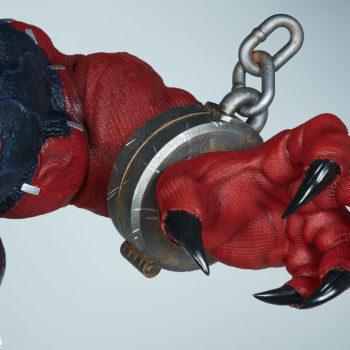 closeup on venompool's left hand