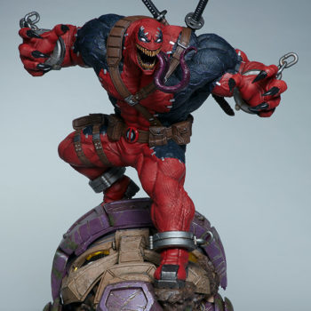 Full side view of Venompool, standing on a sentinel's head with his tongue out