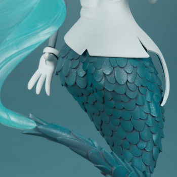 Canary Blu Designer Toy close up on scales back view