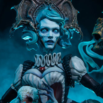 Ellianastis The Great Oracle Premium Format Figure front view close up on face