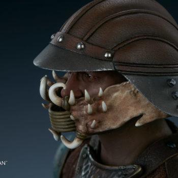 Lando Calrissian Skiff Guard Version Sixth Scale Figure close up on left view of helmet