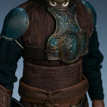 Lando Calrissian Skiff Guard Version Sixth Scale Figure close up on armor front view