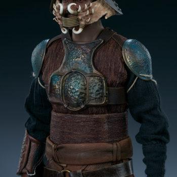Lando Calrissian Skiff Guard Version Sixth Scale Figure upper body with helmet on
