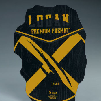 Logan Premium Format Figure base bottom