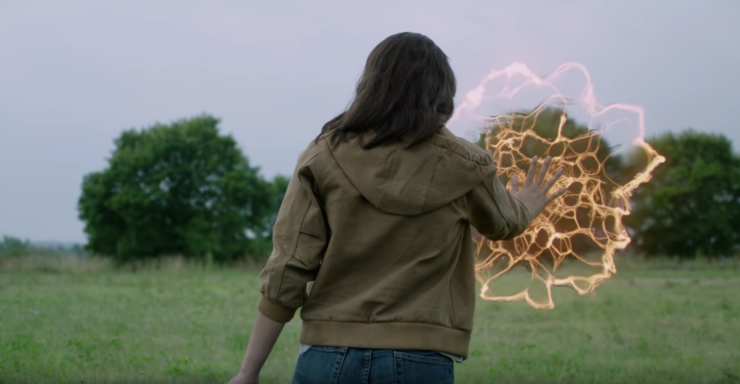 Dani Moonstar Discovers the Cage around the Institution- New Mutants Trailer