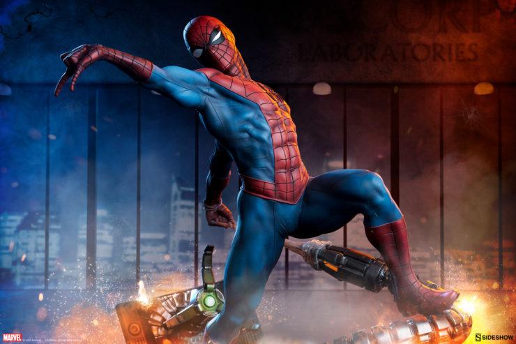 New Photos of the Spider-Man Premium Format™ Figure
