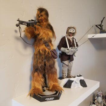 Han and Chewie Figures