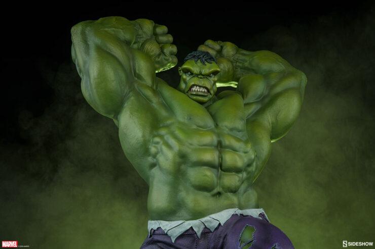 The Hulk- Avengers Assemble Statue