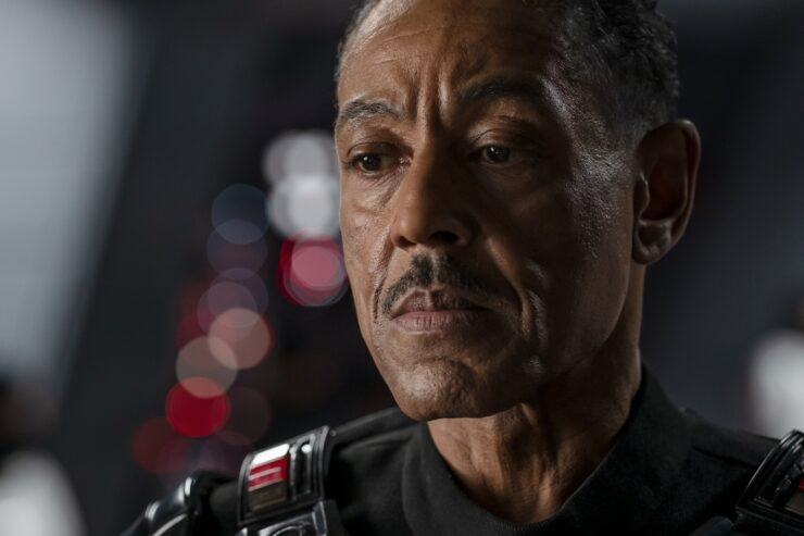 Tusken Raiders in The Mandalorian, Giancarlo Esposito Talks Moff Gideon, and more!