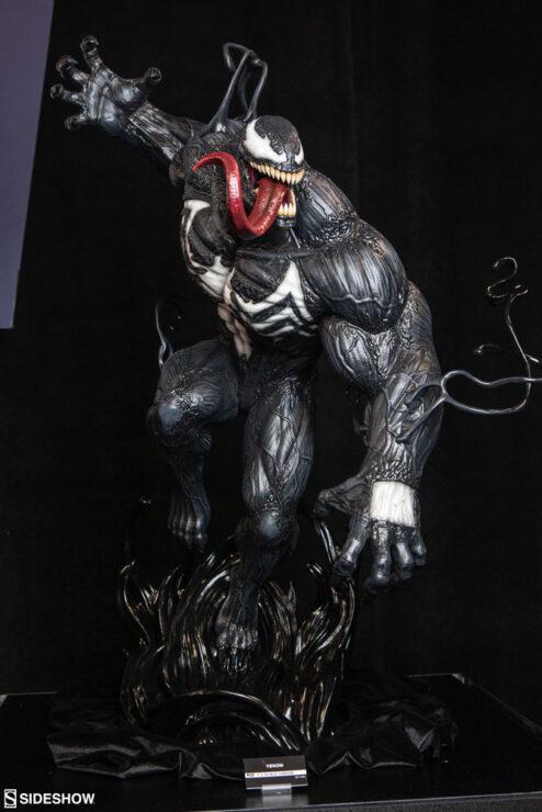 Venom 1:3 Scale Statue