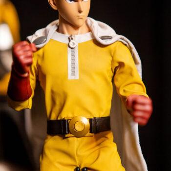 Saitama Sixth Scale Figure