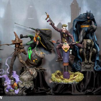 DC Premium Format Figure Podium at Sideshow New York Con