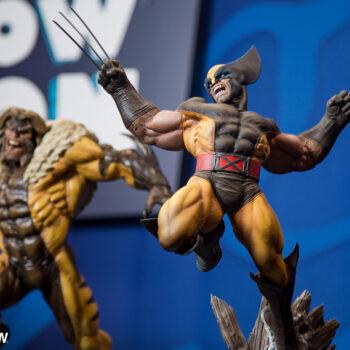 Wolverine and Sabretooth Premium Format Figure close up