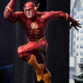 The Flash Premium Format Figure