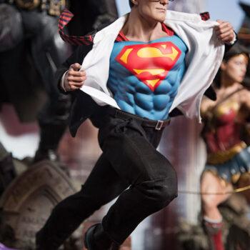 Superman Call to Action Premium Format Figure