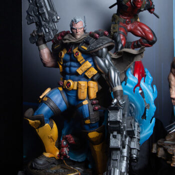Cable Premium Format™ Figure and Deadpool PF